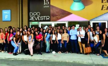 estudantes-visitam-a-expo-revestir-2017